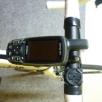 GPSMap 62 ST mit Halterung am Vorbau Rennrad