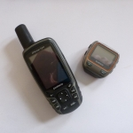 Garmin Navigationsgerät GPSMap 62 ST und Garmin GPS Triathlonuhr Forerunner 310XT